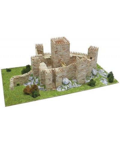 Aedes 1013. Maqueta Castillo de Guimaraes. Portugal