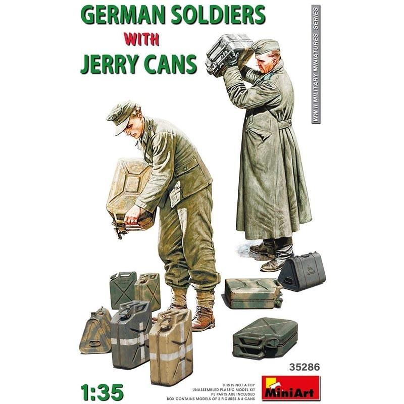 1/35 Soldados Alemanes con Bidones