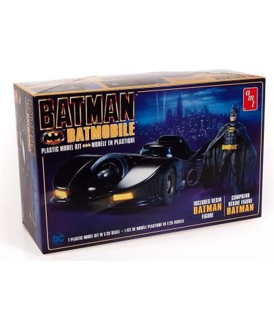 1/25 Batmobile 1989 y Figura Batman