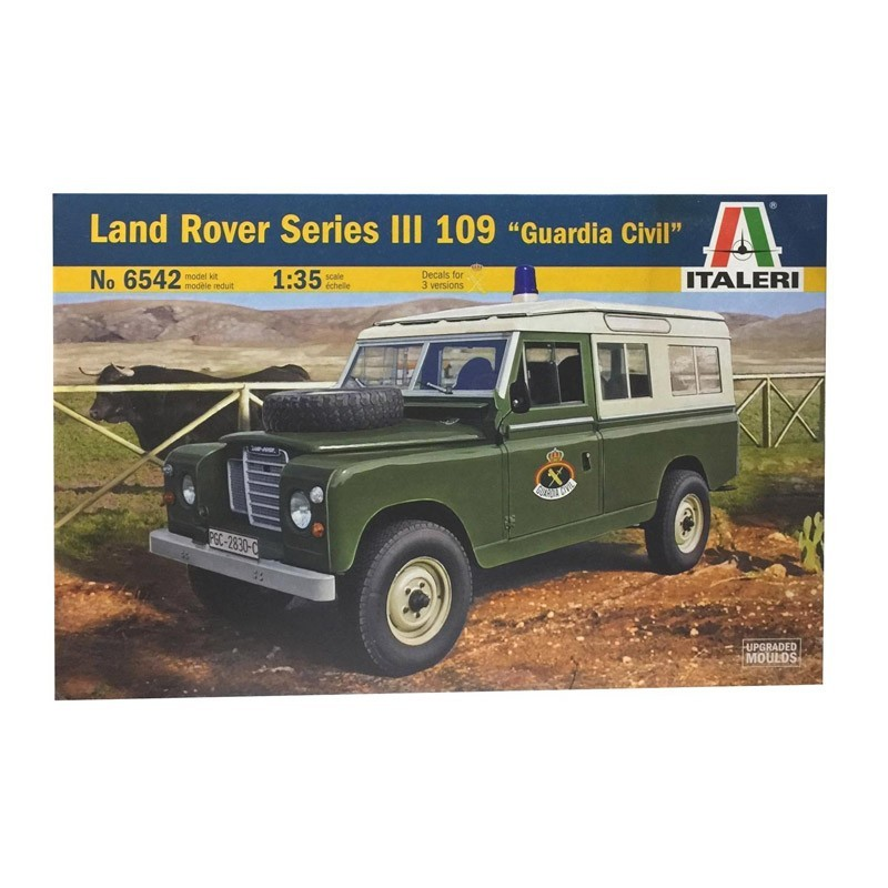 """6542 Italeri. Coche Land Rover III 109 """"Guardia Civil"""" Escala 1/35"""