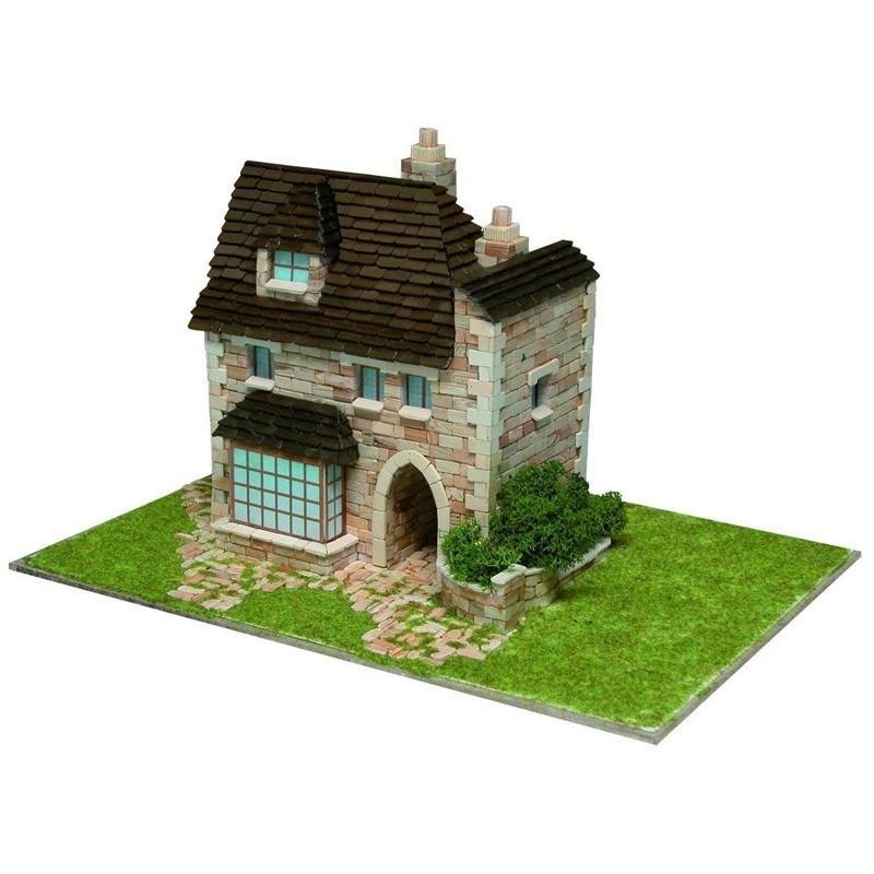 Aedes 1413. Casa Inglesa
