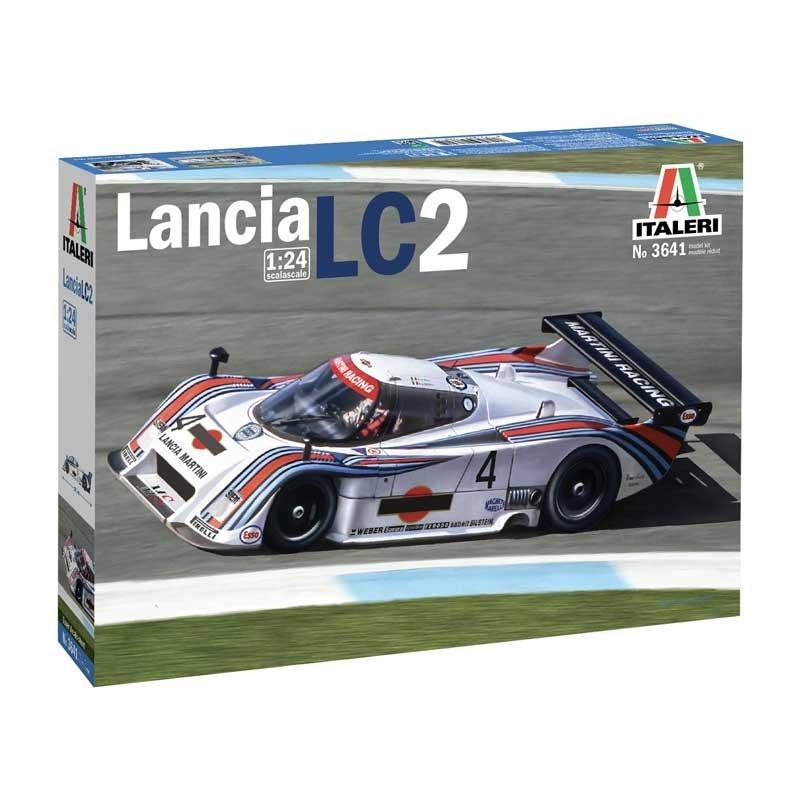 Italeri 3641. 1/24 Lancia LC2