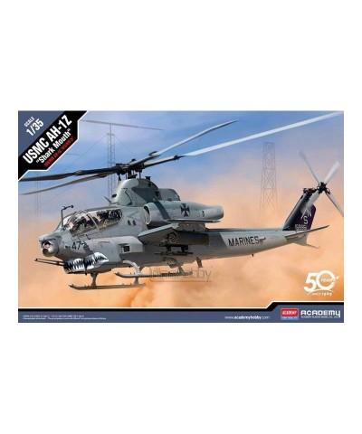 1/35 Helicóptero USMC AH-1Z Shark Mouth